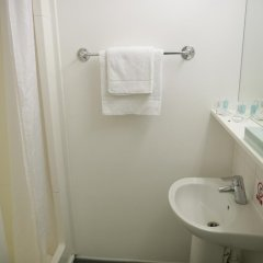 Отель Beit Hall (Campus Accommodation) Великобритания, Лондон - отзывы, цены и фото номеров - забронировать отель Beit Hall (Campus Accommodation) онлайн ванная