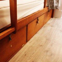 Royal Prince Hostel Кровать в женском общем номере фото 7