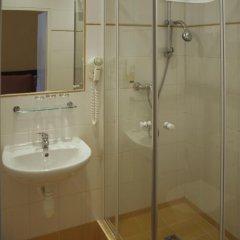 Отель Royal Plaza 3* Стандартный номер с различными типами кроватей фото 13