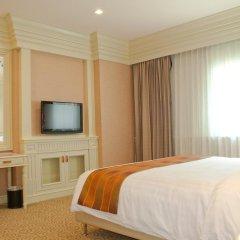 Отель Kingston Suites Bangkok 4* Улучшенный номер с различными типами кроватей фото 10