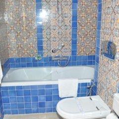 Hôtel Royal Victoria in Tunis, Tunisia from 86$, photos, reviews - zenhotels.com bathroom photo 4