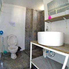 Отель Neptune Hostel Таиланд, Мэй-Хаад-Бэй - отзывы, цены и фото номеров - забронировать отель Neptune Hostel онлайн ванная фото 2