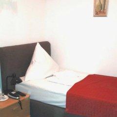 Hotel Bellevue am Kurfürstendamm 3* Стандартный номер с двуспальной кроватью фото 6