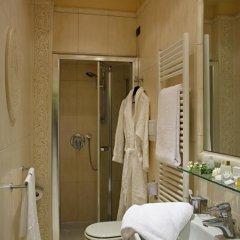 Отель Carlton Capri 3* Улучшенный номер с различными типами кроватей фото 4