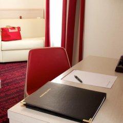 Отель Hôtel Le Richemont 3* Улучшенный номер с двуспальной кроватью фото 10