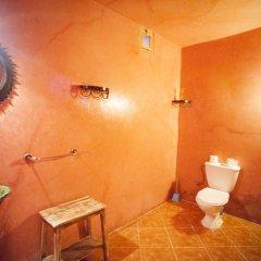 Отель La petite kasbah Марокко, Загора - отзывы, цены и фото номеров - забронировать отель La petite kasbah онлайн ванная