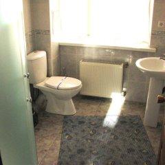 Гостиница Мотель Транзит Номер с общей ванной комнатой с различными типами кроватей (общая ванная комната)