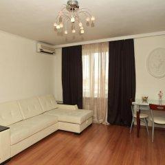 Апартаменты Кварт Киевская комната для гостей фото 2