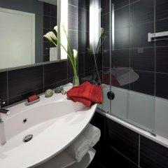 Отель Aparthotel Adagio Brussels Grand Place Бельгия, Брюссель - 14 отзывов об отеле, цены и фото номеров - забронировать отель Aparthotel Adagio Brussels Grand Place онлайн ванная
