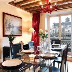 Отель Bourbon Exclusive With View Париж питание