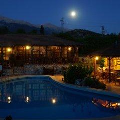 Отель Mountain Lodge бассейн фото 3