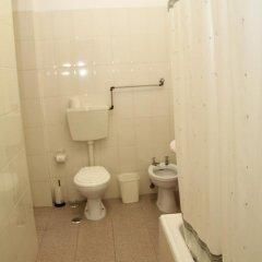 Отель Alojamento local Ideal 2* Стандартный номер с двуспальной кроватью (общая ванная комната) фото 3