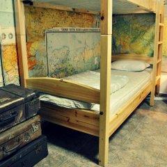 10 Coins Hostel Кровать в общем номере с двухъярусной кроватью фото 2