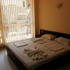 Апартаменты Menada Sunset Beach Apartment Солнечный берег комната для гостей фото 2