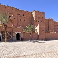 Отель Residence Rosas Марокко, Уарзазат - отзывы, цены и фото номеров - забронировать отель Residence Rosas онлайн парковка