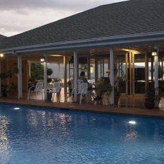 Отель Polkerris Bed & Breakfast Ямайка, Монтего-Бей - отзывы, цены и фото номеров - забронировать отель Polkerris Bed & Breakfast онлайн бассейн фото 2