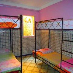 Hostel Kif-Kif Кровать в общем номере с двухъярусной кроватью фото 2