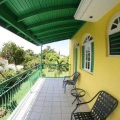 Отель Villa Sonate Ямайка, Ранавей-Бей - отзывы, цены и фото номеров - забронировать отель Villa Sonate онлайн балкон
