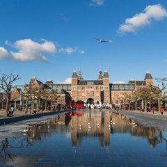 Отель Stayokay Amsterdam Oost Нидерланды, Амстердам - 1 отзыв об отеле, цены и фото номеров - забронировать отель Stayokay Amsterdam Oost онлайн приотельная территория фото 2
