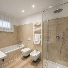Hotel Bernina 3* Улучшенный номер с различными типами кроватей фото 12