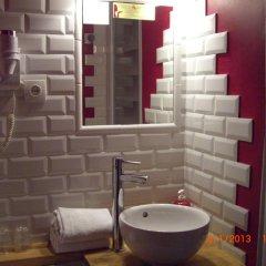 Отель Hôtel Côté Patio 3* Стандартный номер с двуспальной кроватью фото 4