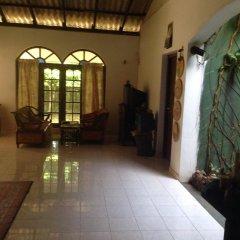 Отель Summer Guesthouse Шри-Ланка, Пляж Golden Mile - отзывы, цены и фото номеров - забронировать отель Summer Guesthouse онлайн интерьер отеля фото 2