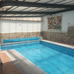 Отель Puerta del Agua Саэлисес бассейн фото 3