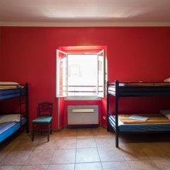 Alessandro Downtown Hostel Кровать в общем номере с двухъярусной кроватью фото 5