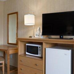 Отель Days Inn by Wyndham Frederick 2* Стандартный номер с различными типами кроватей фото 4