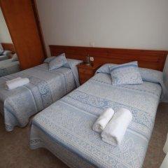 Отель Hostal Sanpatiel Стандартный номер с двуспальной кроватью фото 9