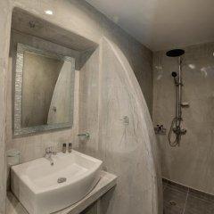Отель Remvi Suites Греция, Остров Санторини - отзывы, цены и фото номеров - забронировать отель Remvi Suites онлайн ванная фото 2