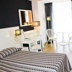 Monica Hotel 4* Номер категории Эконом с различными типами кроватей