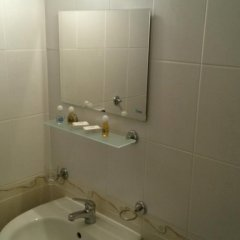 Отель Holiday Apartment Rainbow 2 Болгария, Солнечный берег - отзывы, цены и фото номеров - забронировать отель Holiday Apartment Rainbow 2 онлайн ванная