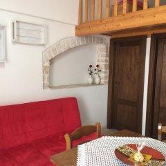 Отель Trulli Family Альберобелло в номере