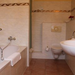 Riverside City Hotel & Spa 3* Стандартный номер фото 4