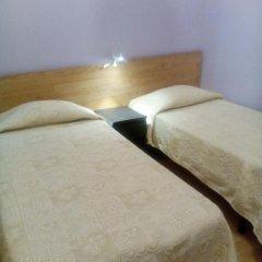 Отель Pensao Sao Joao da Praca 2* Стандартный номер с 2 отдельными кроватями (общая ванная комната)