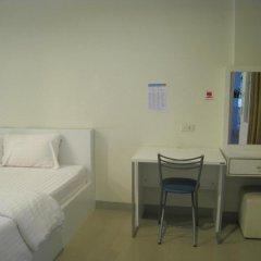 KK Centrum Hotel 3* Стандартный номер с различными типами кроватей фото 4