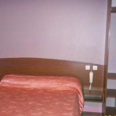 Hotel de la Terrasse сейф в номере