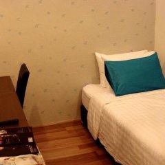 Отель Nantra Silom 3* Номер категории Эконом с различными типами кроватей фото 3