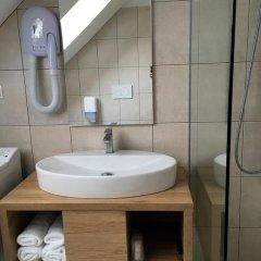 Отель Guesthouse Aleš 3* Стандартный семейный номер с двуспальной кроватью фото 4