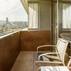 Отель ILUNION Barcelona 4* Улучшенный номер с различными типами кроватей фото 4