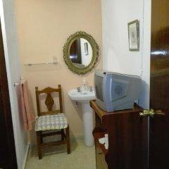 Отель Pensión Javier 2* Стандартный номер с различными типами кроватей (общая ванная комната) фото 8