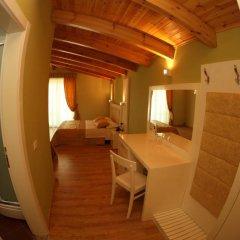 White City Hotel 3* Стандартный номер с двуспальной кроватью фото 13