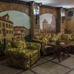 2x2 Cinema-Bar Hotel & Tours Семейный люкс с двуспальной кроватью фото 5