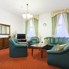Отель Reymont Польша, Лодзь - 3 отзыва об отеле, цены и фото номеров - забронировать отель Reymont онлайн комната для гостей фото 5