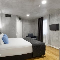 Гостиница Red Brick Номер Large с двуспальной кроватью