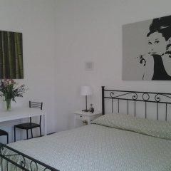 Отель B&B Trastevere in Bed Номер Делюкс с различными типами кроватей фото 12