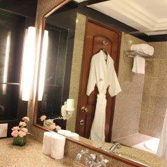 The Hans Hotel New Delhi 4* Представительский номер с различными типами кроватей фото 4