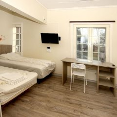 Airport Motel & Apartment Hostel комната для гостей