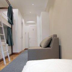 Отель Karavan Inn Кровать в общем номере с двухъярусной кроватью фото 8